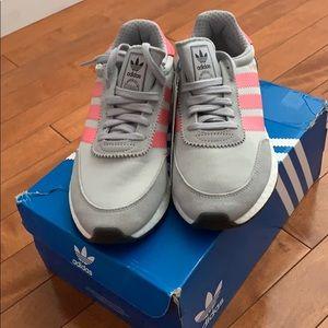 New- adidas Originals runner